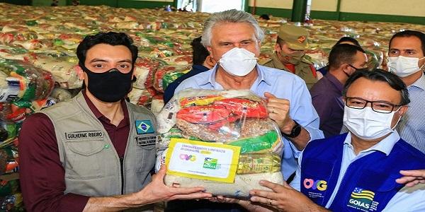 Caiado inicia entrega de mais 250 mil cestas básicas a famílias em vulnerabilidade impactadas pela pandemia